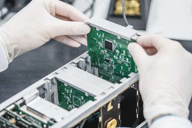 GROOVE - On-Orbit Verification CubeSat Service for Aerospace