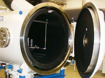 Service: Thermal Vacuum /Altitude Chamber